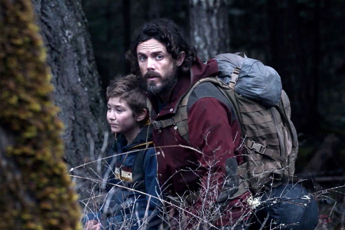 Casey Affleck (also the film's director and writer) tries to survive in the woods with his daughter Anna Pniowsky in Light of My Life (2019)