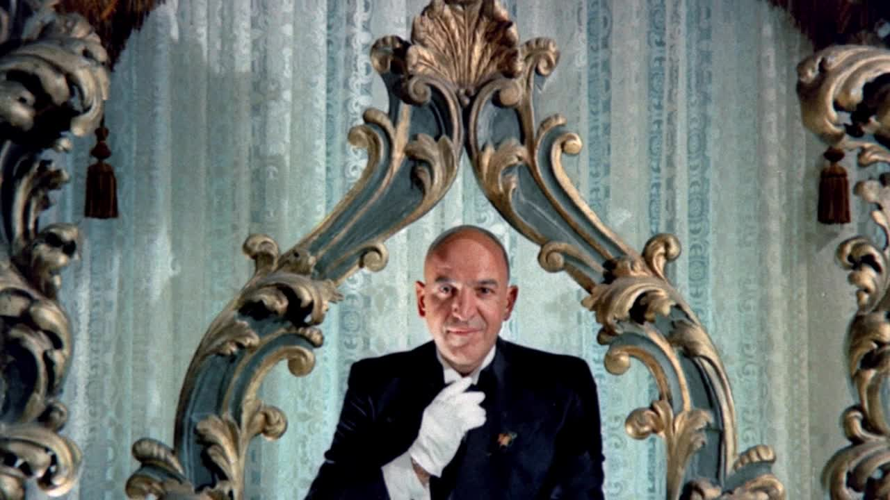 Telly Savalas as Leandro the butler in Lisa and the Devil (1972)