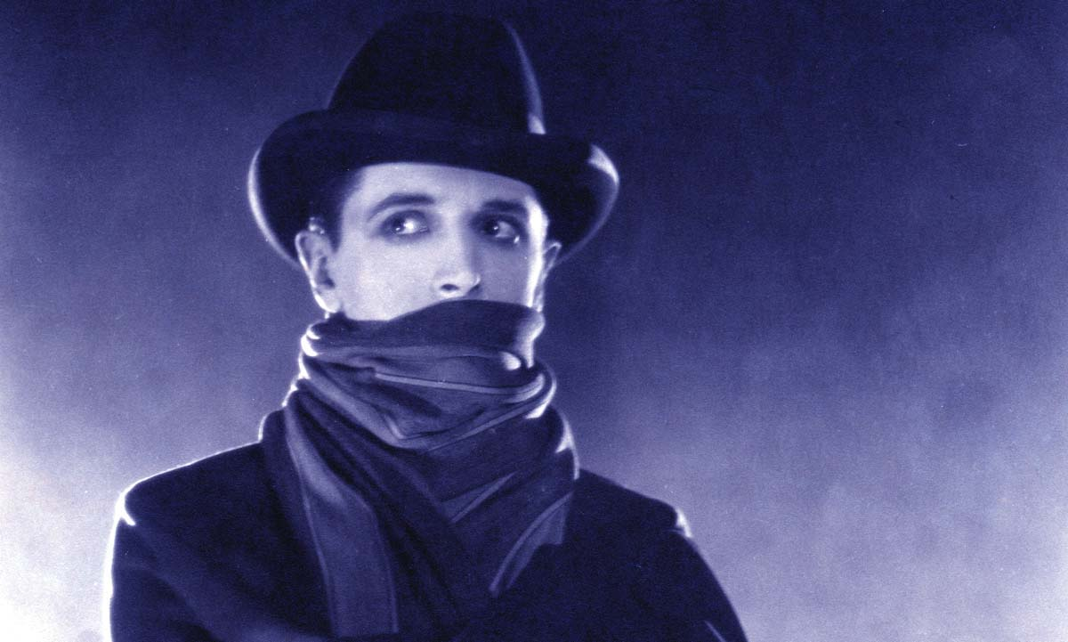 Ivor Novello as The Lodger in The Lodger: A Story of the London Fog (1927)