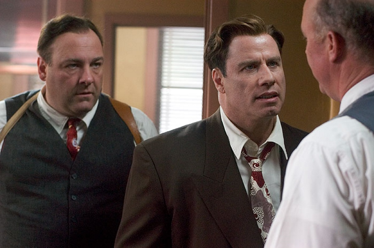 Investigating detectives Elmer 'Buster' Robinson (John Travolta) and Charles Hilderbrandt (James Gandolfini) in Lonely Hearts (2006)