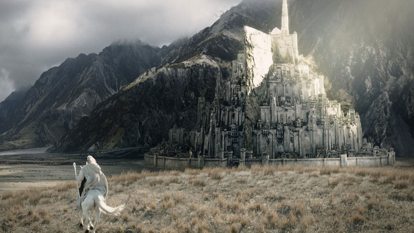 The Lord of the Rings Gandalf travels to Minis Tirith in The Return of the King (2003)