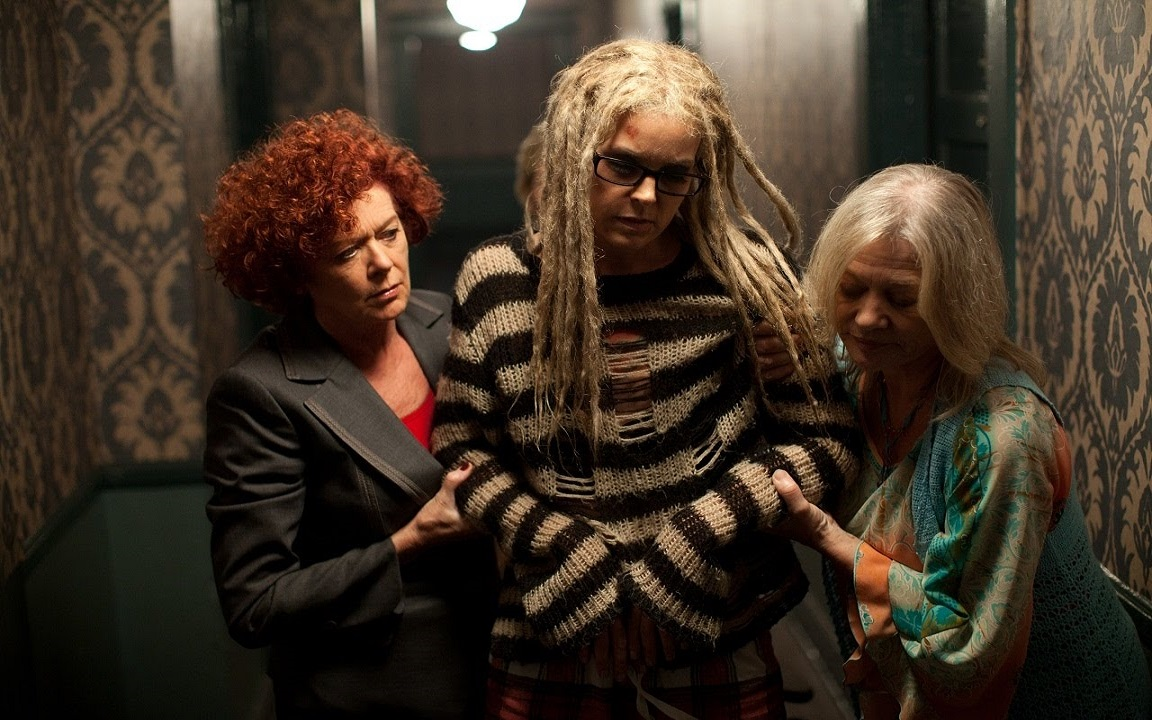 Sheri Moon Zombie Patricia Quinn, Judy Geeson in The Lords of Salem (2012)
