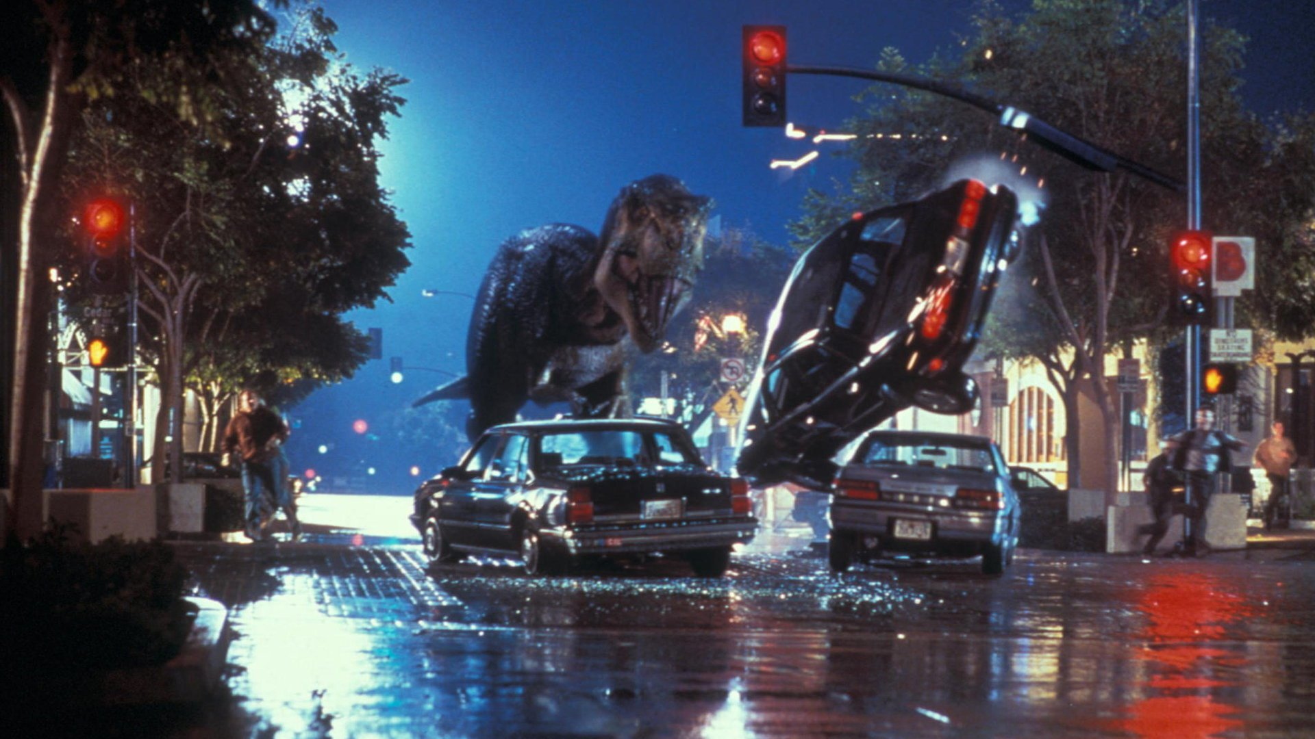 The T-Rex amok in civilisation in The Lost World: Jurassic Park (1997)