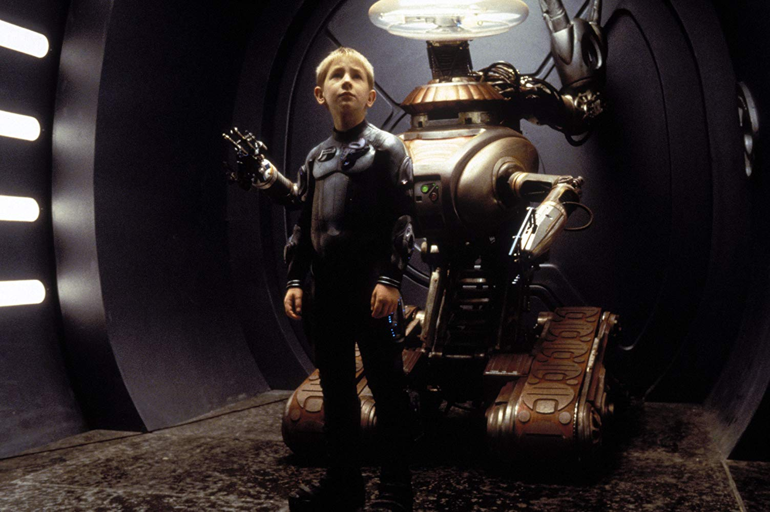 Will Robinson (Jack Johnson) and the Robot in Lost in Space (1998)