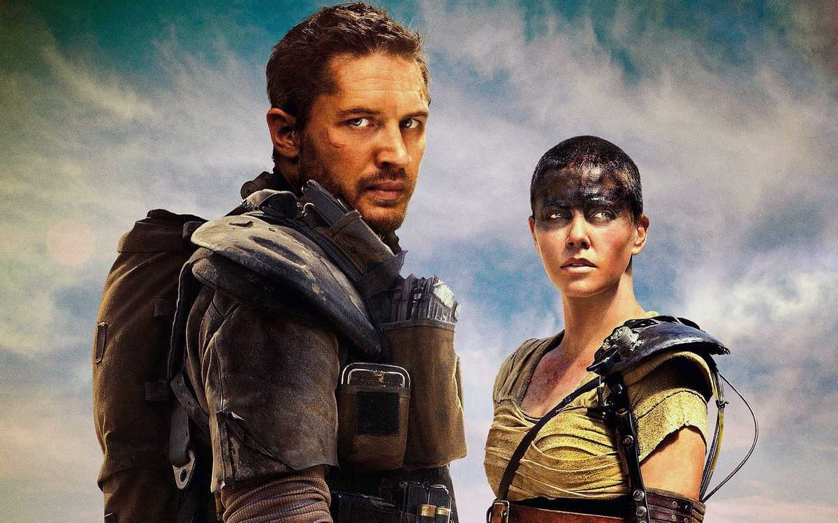 Tom Hardy as Mad Max, Charlize Theron as Furiosa in Mad Max: Fury Road (2015)
