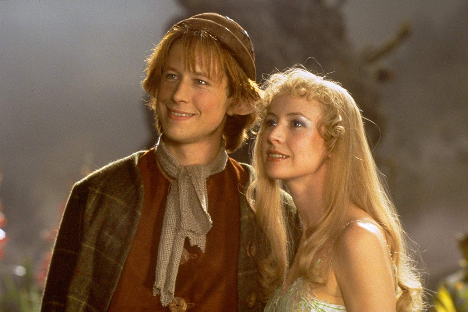 Daniel Betts and Caroline Carver in The Magical Land of the Leprechauns (1999)