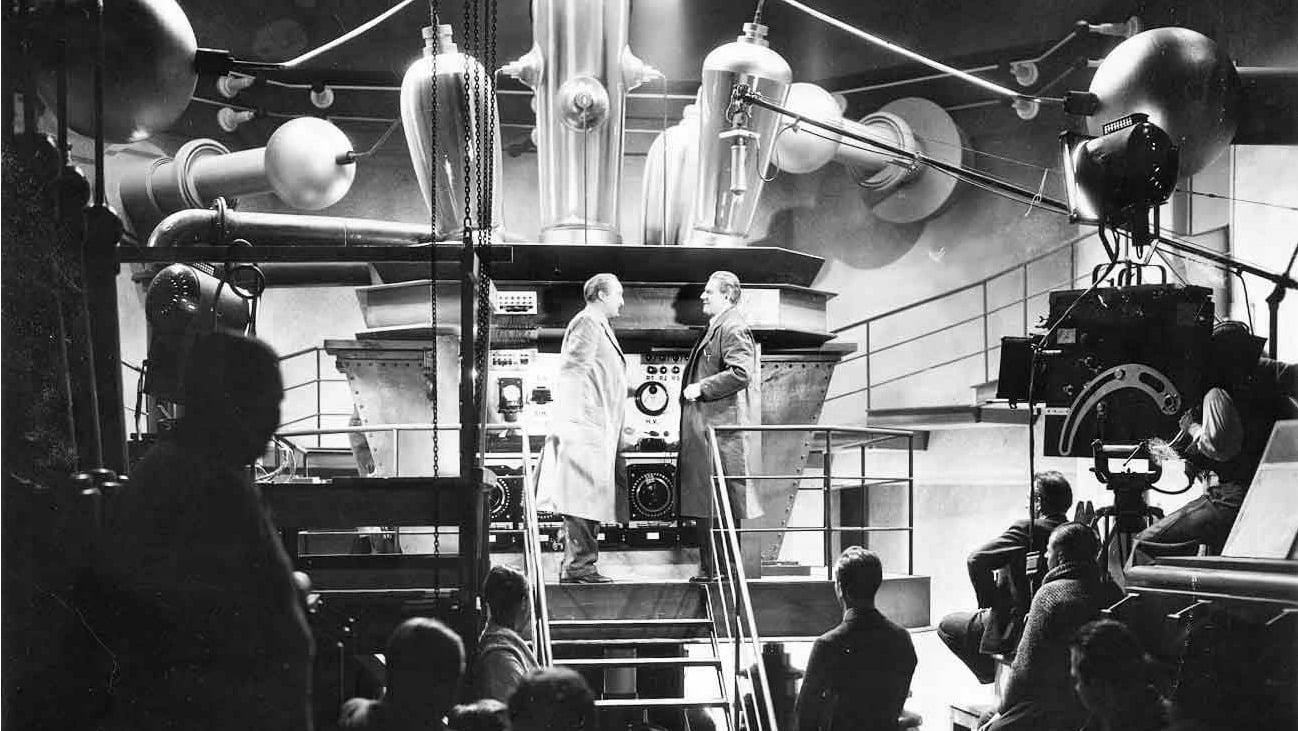 The Delatron Accelerator in The Magnetic Monster (1953)