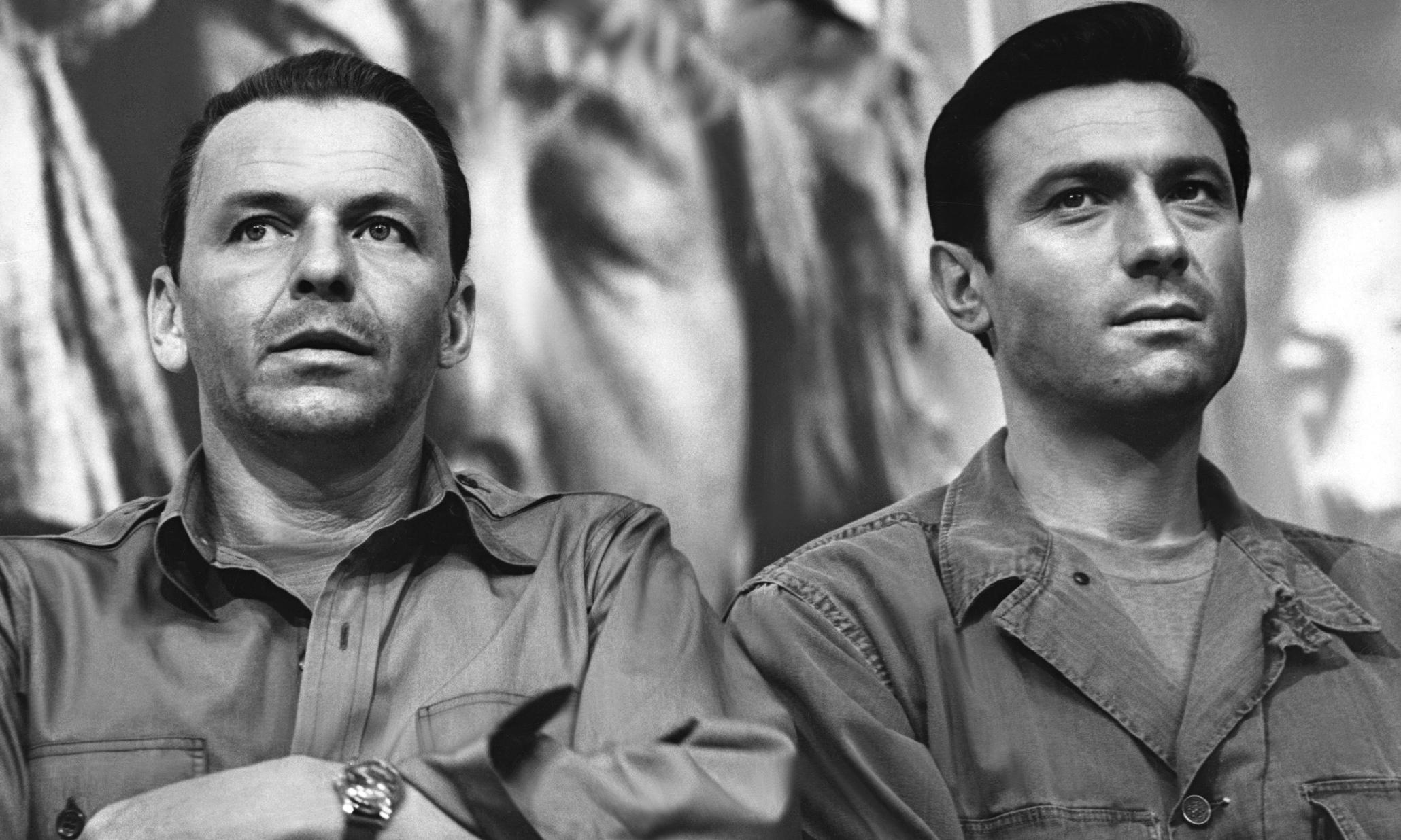 (l to r) Frank Sinatra and Laurence Harvey undergo brainwashing by the Chinese Communists in The Manchurian Candidate (1962)