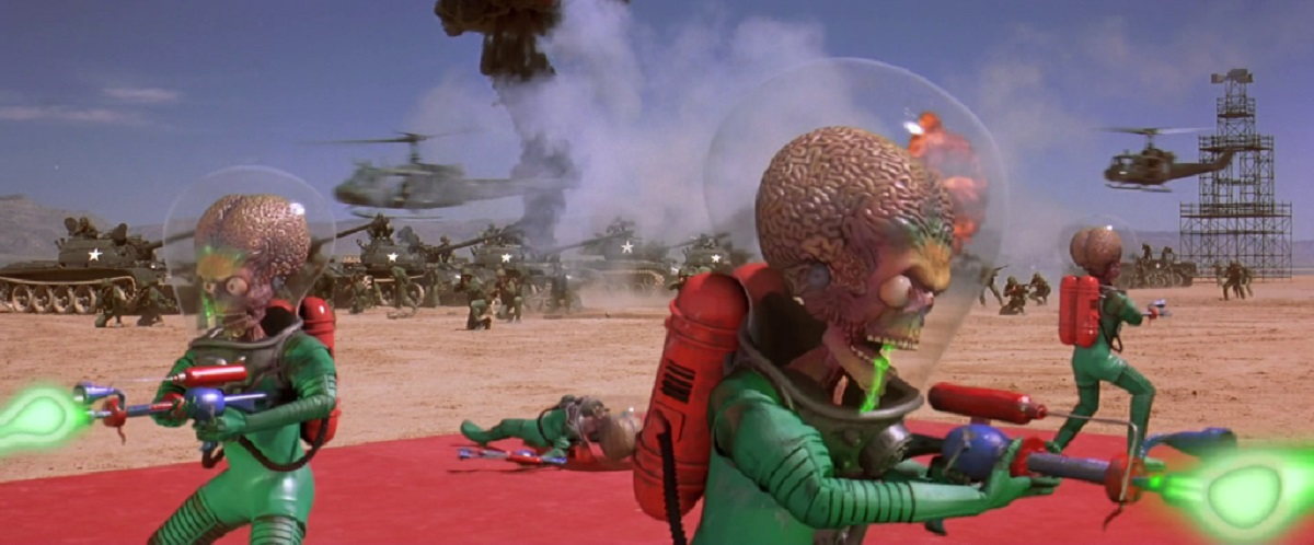 The Martians begin shooting up the US military in Mars Attacks! (1996)