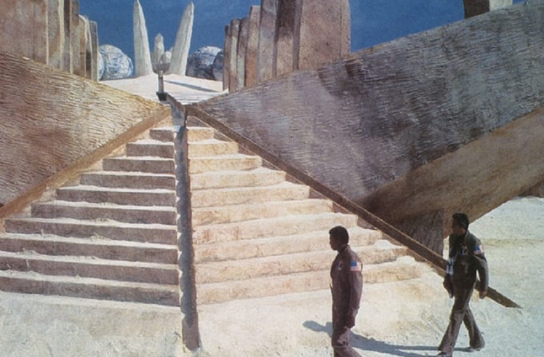 Bernie Casey and Rock Hudson explore the Martian ruins in The Martian Chronicles (1980)