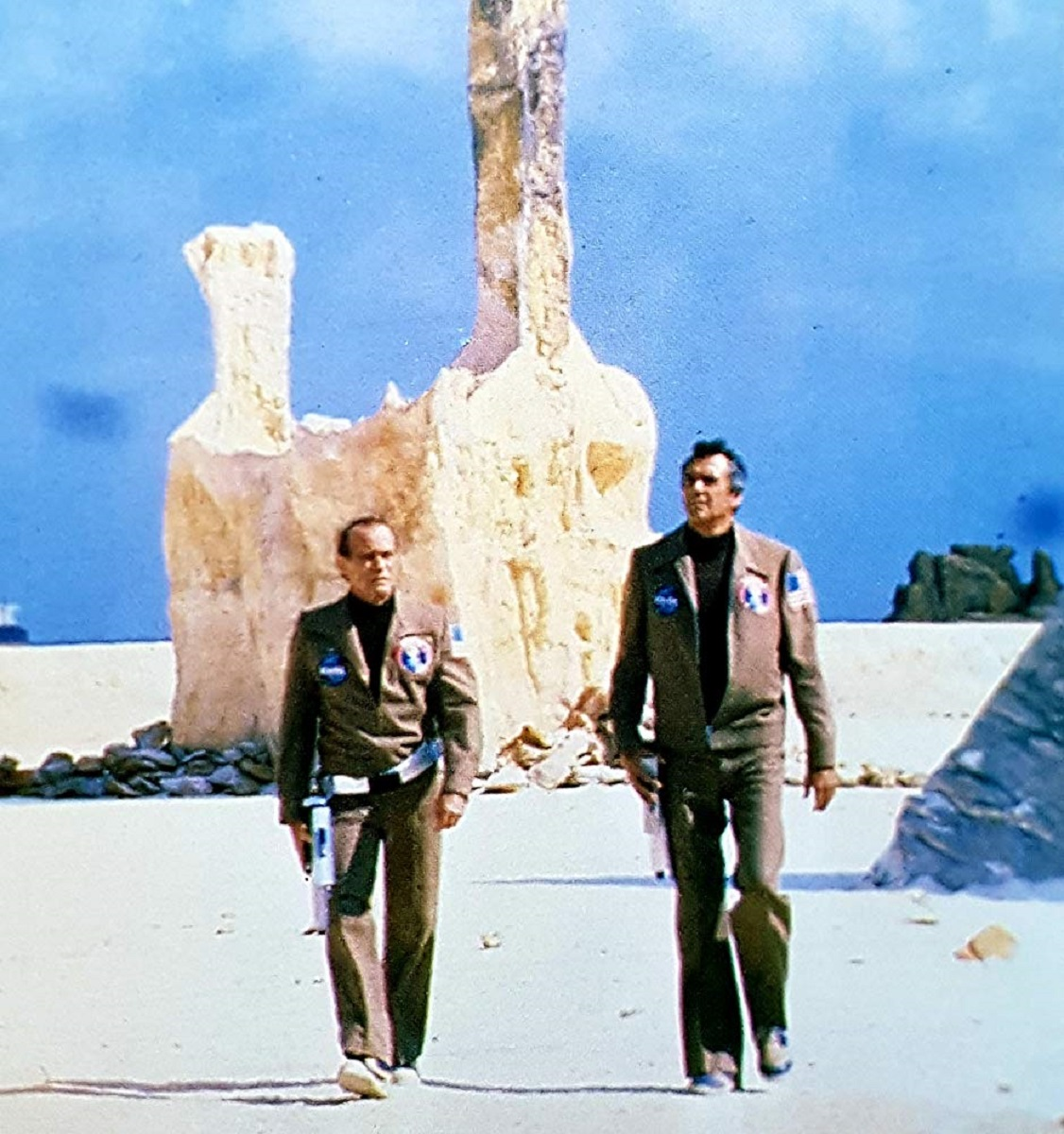 Darren McGavin and Rock Hudson on Mars in The Martian Chronicles (1980)