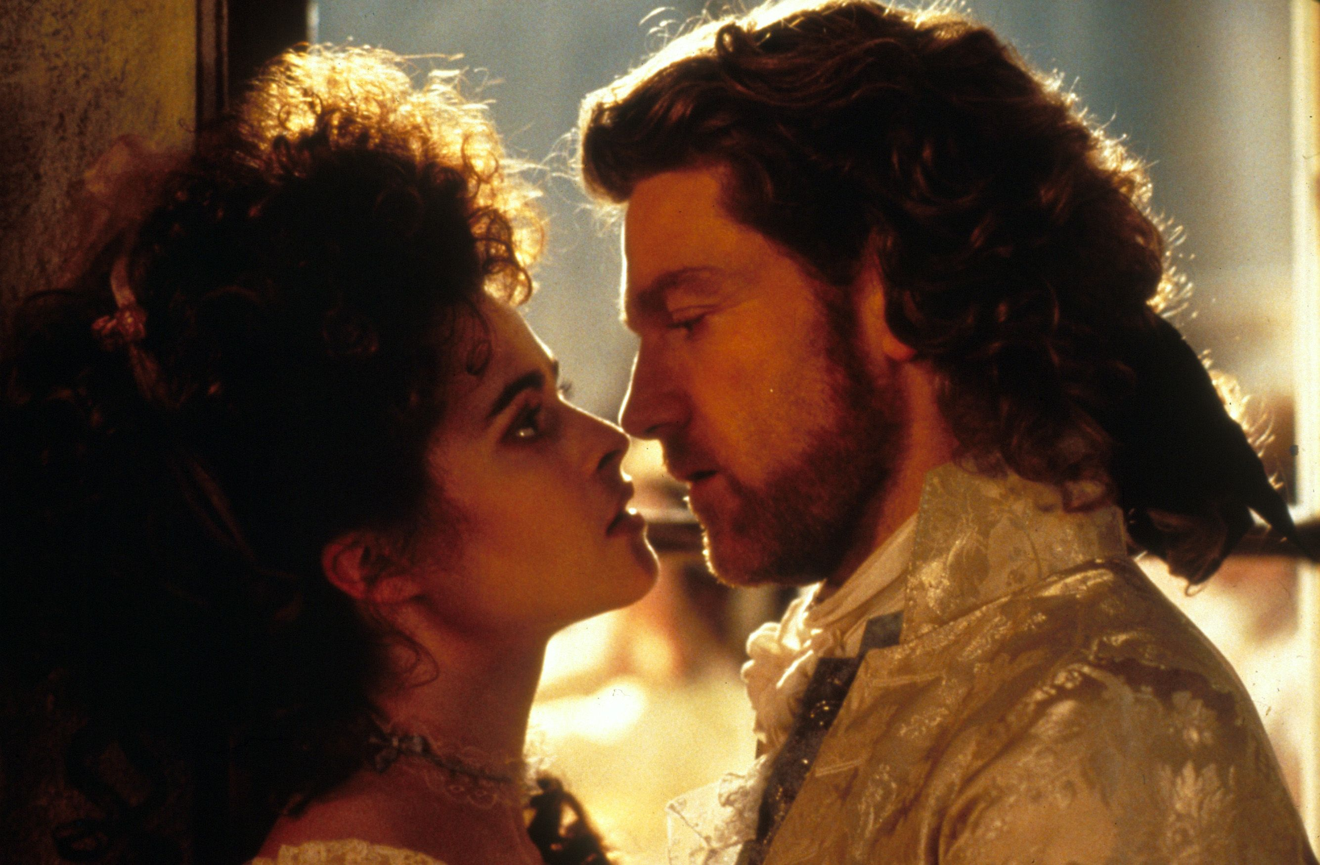 Kenneth Branagh as Victor Frankenstein and Helena Bonham Carter as Elizabeth n Mary Shelley's Frankenstein (1994)