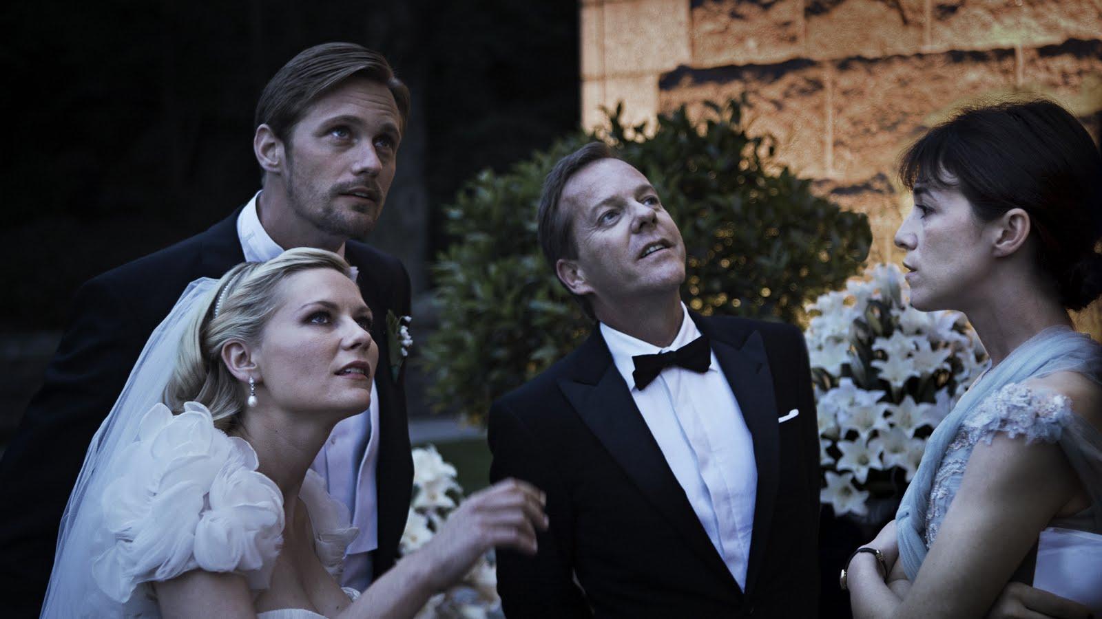 Alexander Skarsgard, Kirsten Dunst, Kiefer Sutherland, Charlotte Gainsbourg in Melancholia (2011)