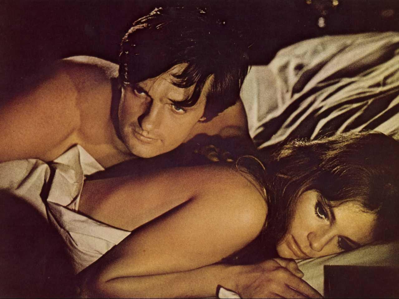 Jacqueline Bisset with husband Alan Alda in The Mephisto Waltz (1971)