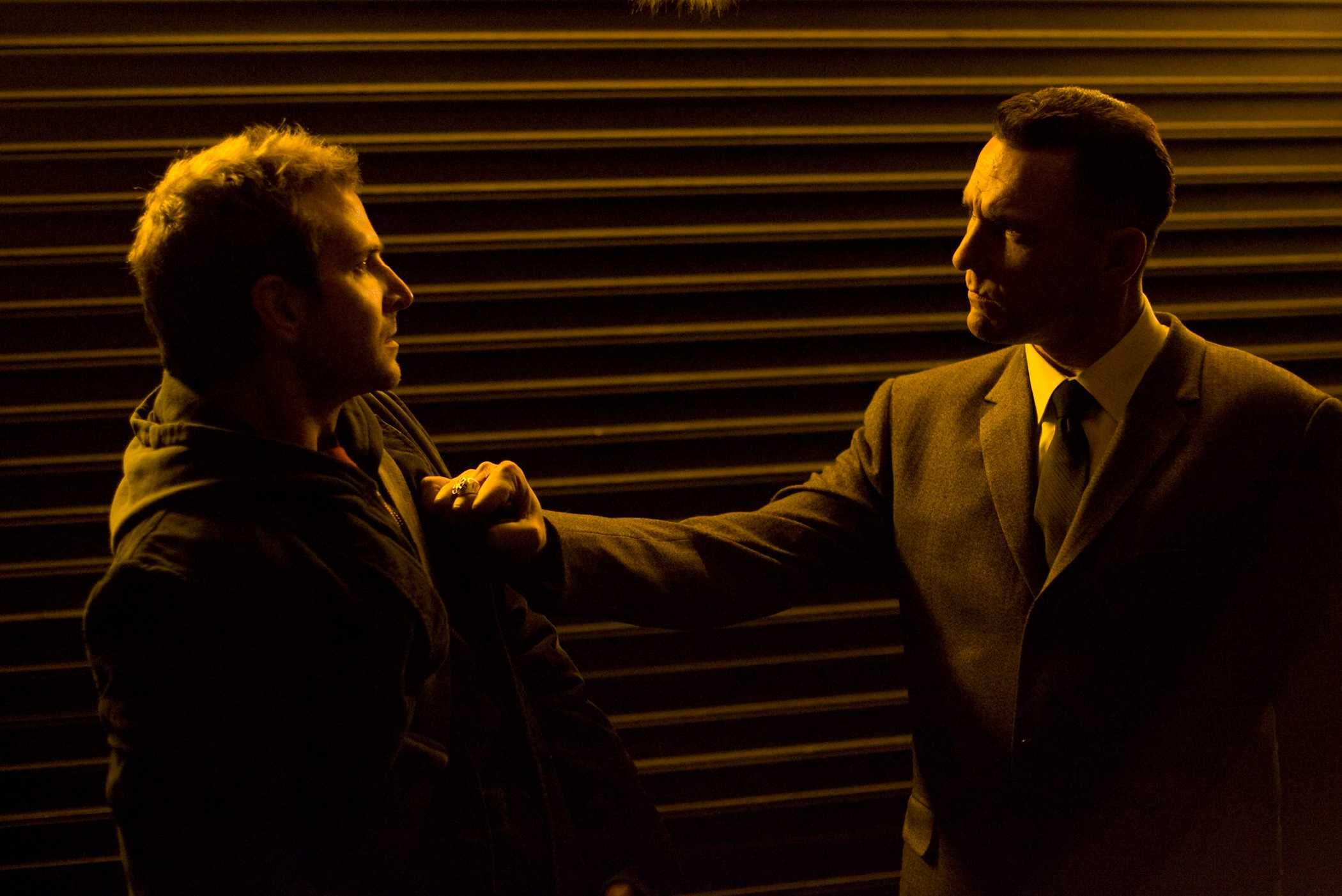Confrontation between Bradley Cooper and Vinnie Jones in The Midnight Meat Train (2008)