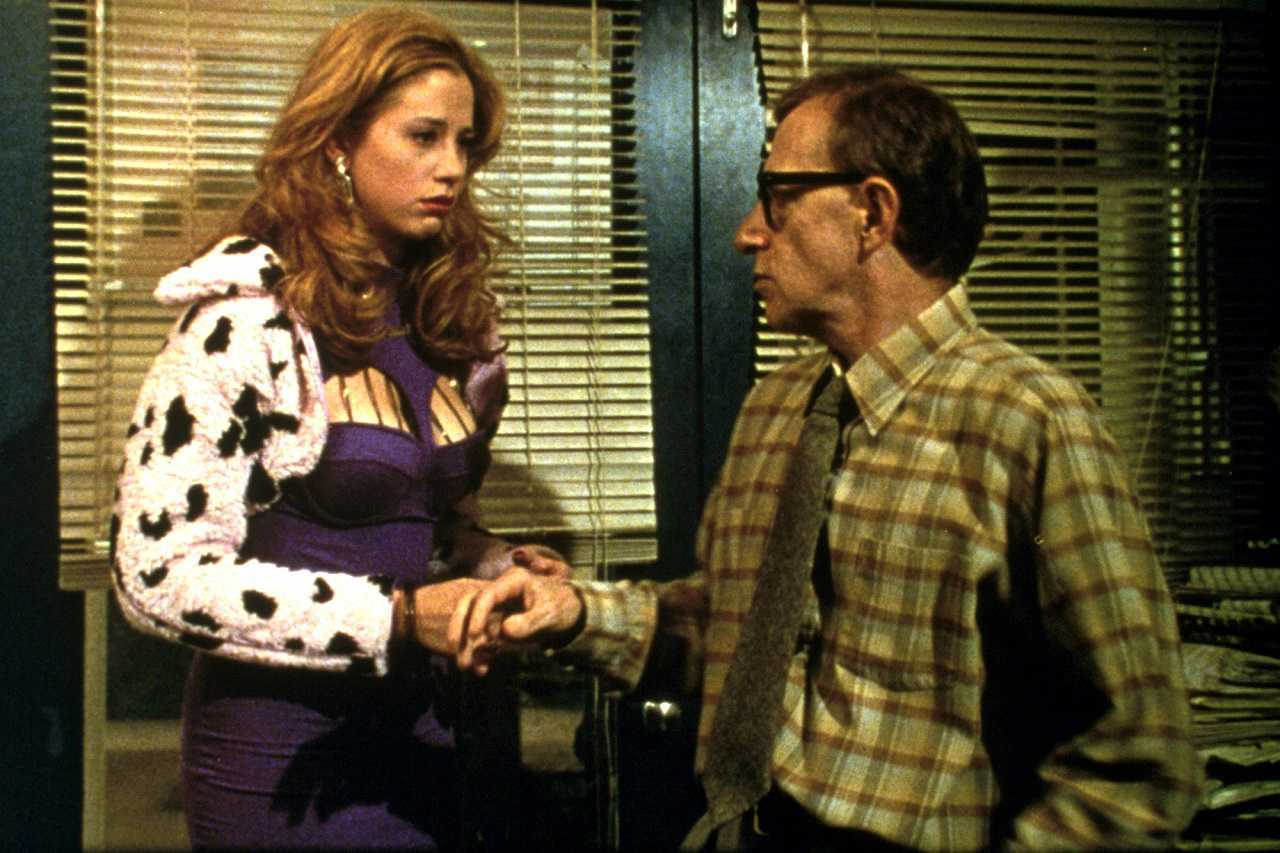 Lenny Weinrib (Woody Allen) with Mira Sorvino as Linda Ash in Mighty Aphrodite (1995)