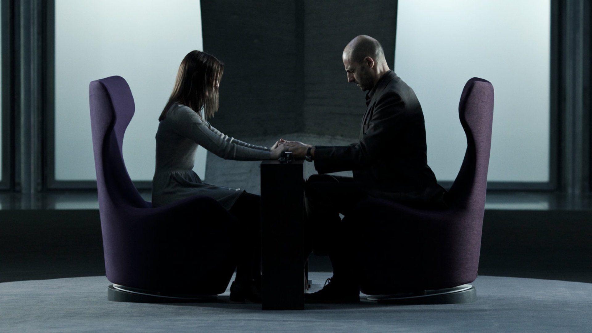 Mark Strong enters into Taissa Farmiga's memories in Mindscape (2013)