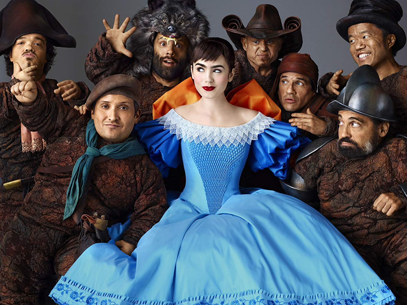 Snow White (Lily Collins) and the seven dwarfs in Mirror Mirror (2012)
