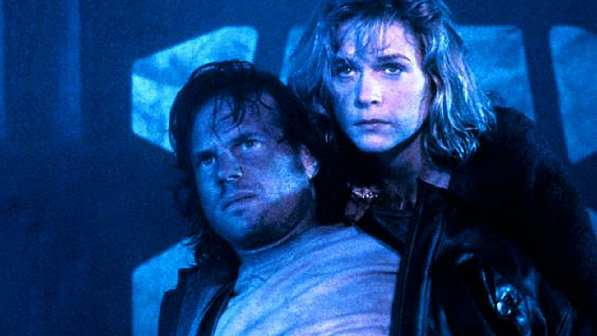 Bill Paxton and Lindsay Frost in Monolith (1994)