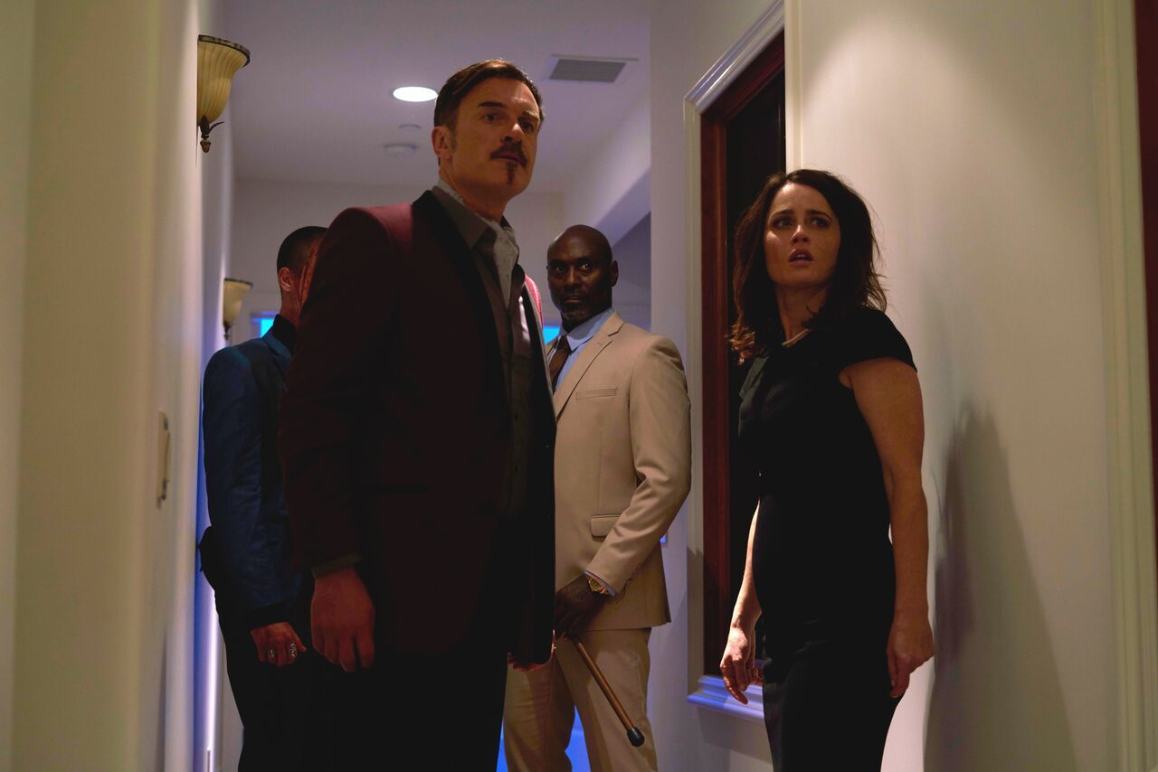Kian Lawley, Julian McMahon, Lance Reddick and Robin Tunney in Monster Party (2018)