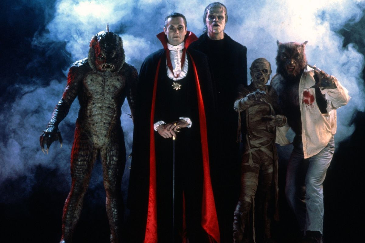 The Gill Man (Tom Woodruff, Jr.), Count Dracula (Duncan Regehr), the Frankenstein Monster (Tom Noonan), The Mummy (Michael MacKay) and The Wolfman (Carl Thibault) in The Monster Squad (1987)