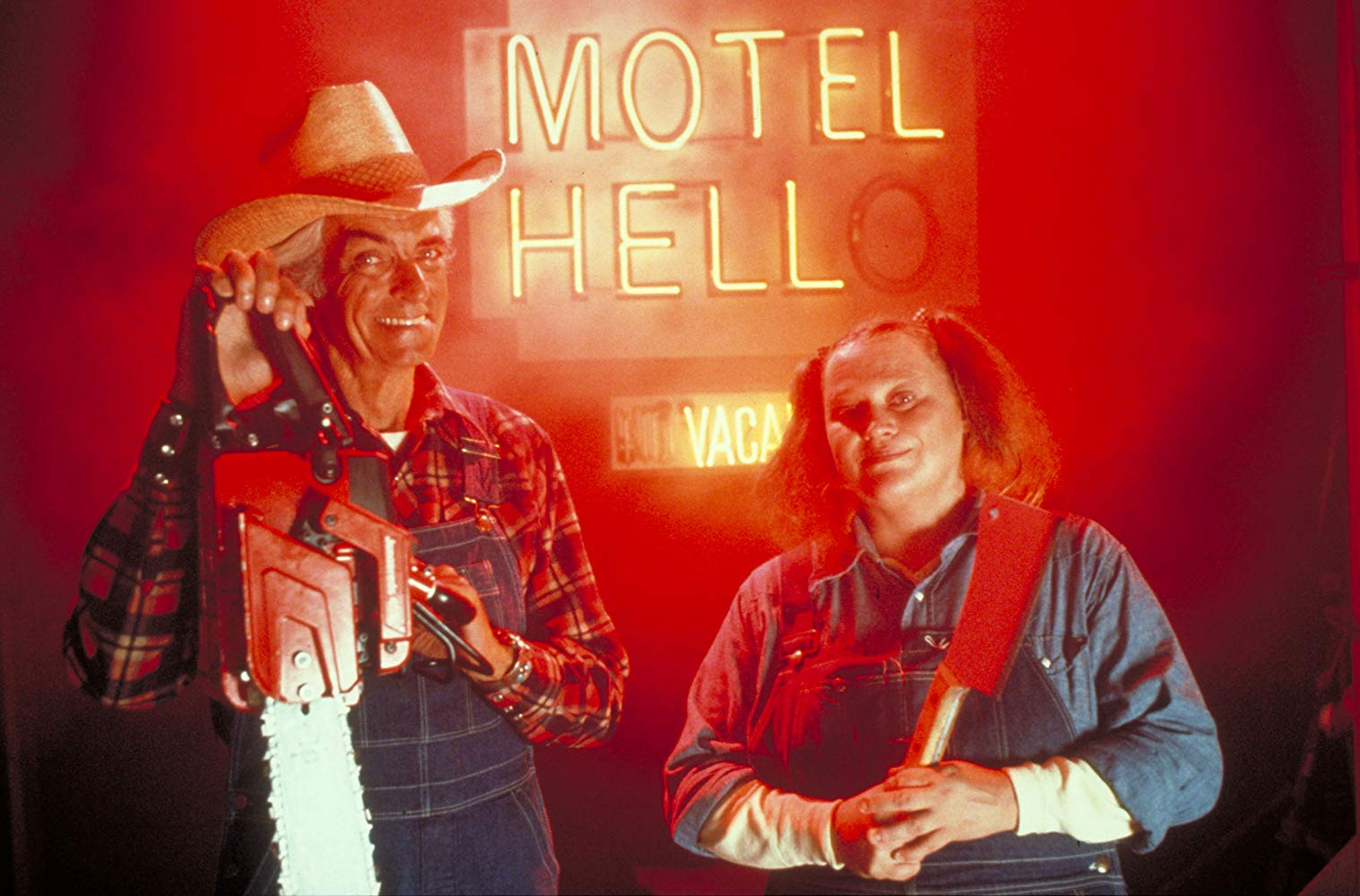 Farmer Vincent (Rory Calhoun) and his sister Ida (Nancy Parsons) in Motel Hell (1980)