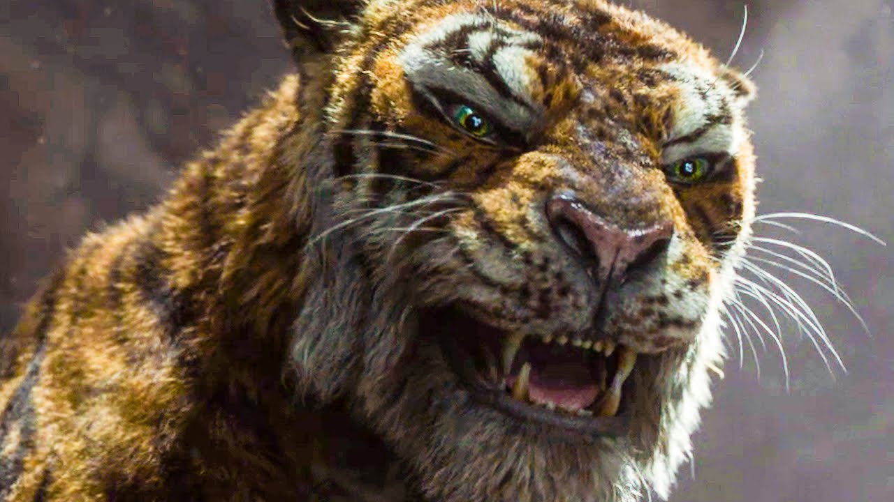 Benedict Cumberbatch doing evil rather well as Shere Khan in Mowgli (2018)