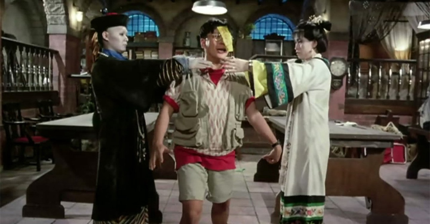 Billy Lau caught between two hopping vampires in Mr Vampire II (1986)