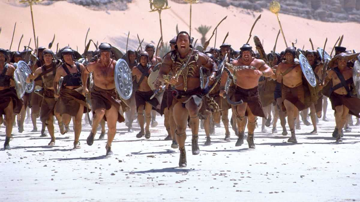 WWE wrestler The Rock (later better known as Dwayne Johnson) leads his army as The Scorpion King in The Mummy Returns (2001)