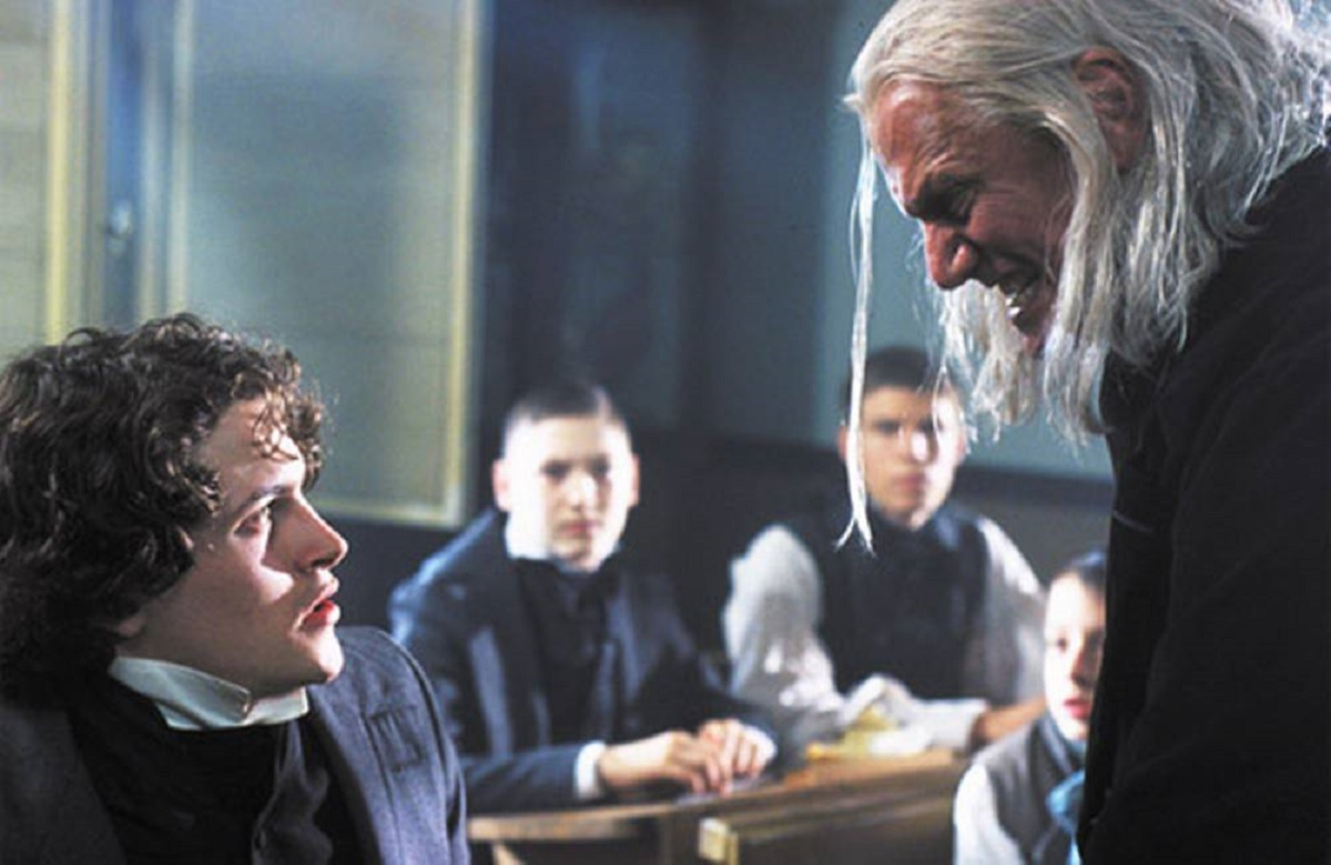 Kieran Bew and Steven Berkoff in My Life as a Fairytale: Hans Christian Andersen (2001)
