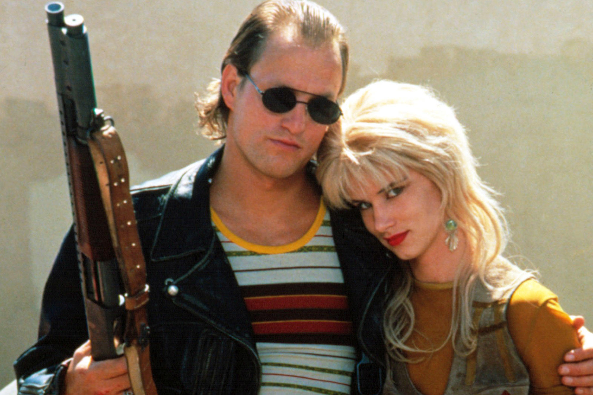 Mickey (Woody Harrelson) and Mallory Knox (Juliette Lewis) on a cross-country murder spree in Natural Born Killers (1994)