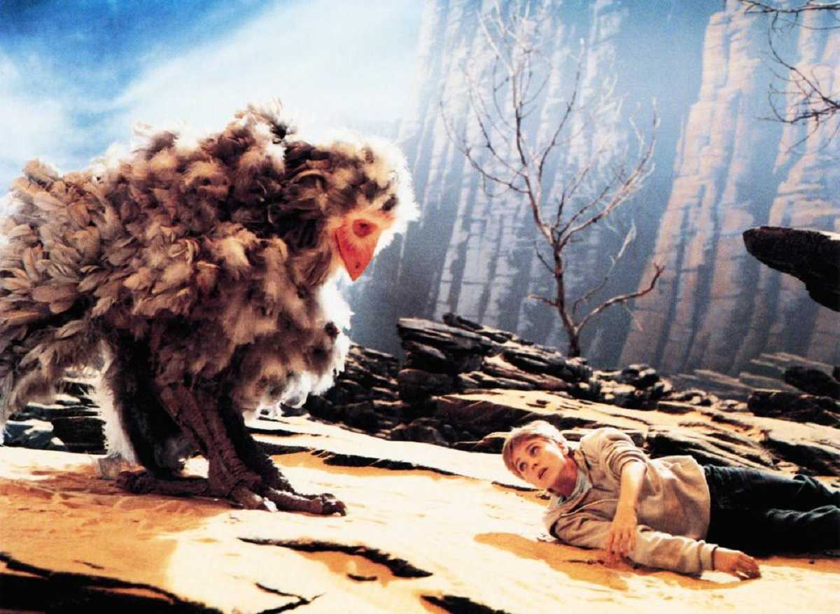 Bastian (Jonathan Brandis) and the creature Nimbly (Martin Umbach) in The Neverending Story II: The Next Chapter (1990)