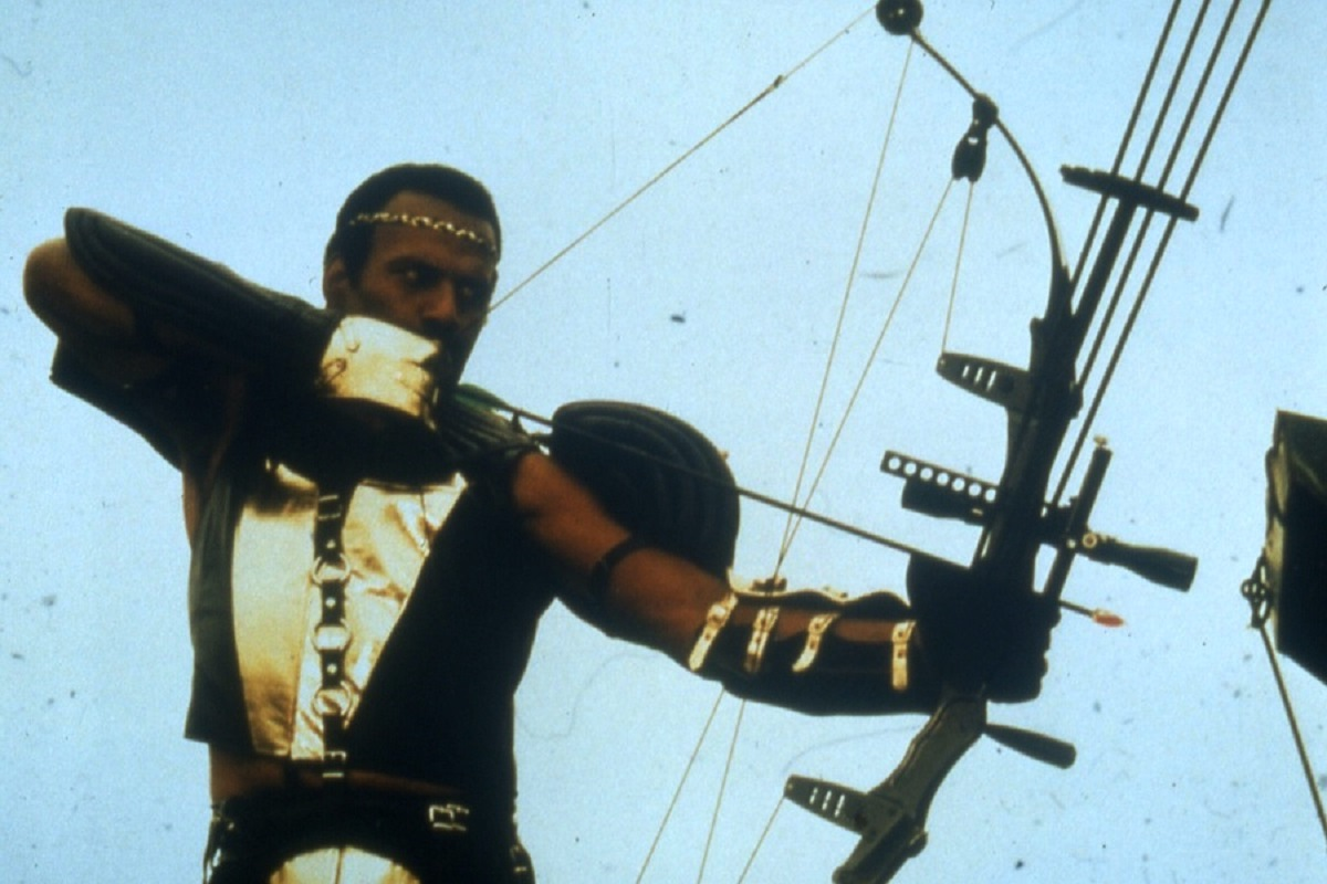 Nadir (Fred Williamson) in The New Barbarians (1983)