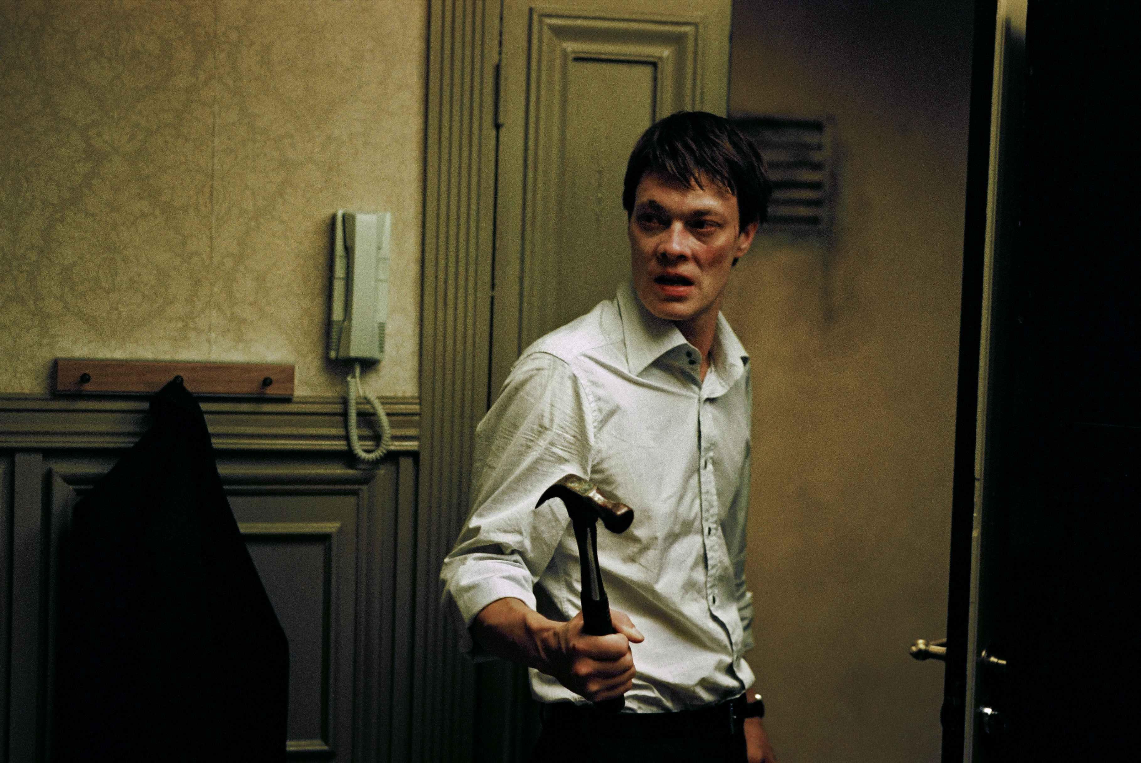Kristoffer Joner in Next Door (2005)