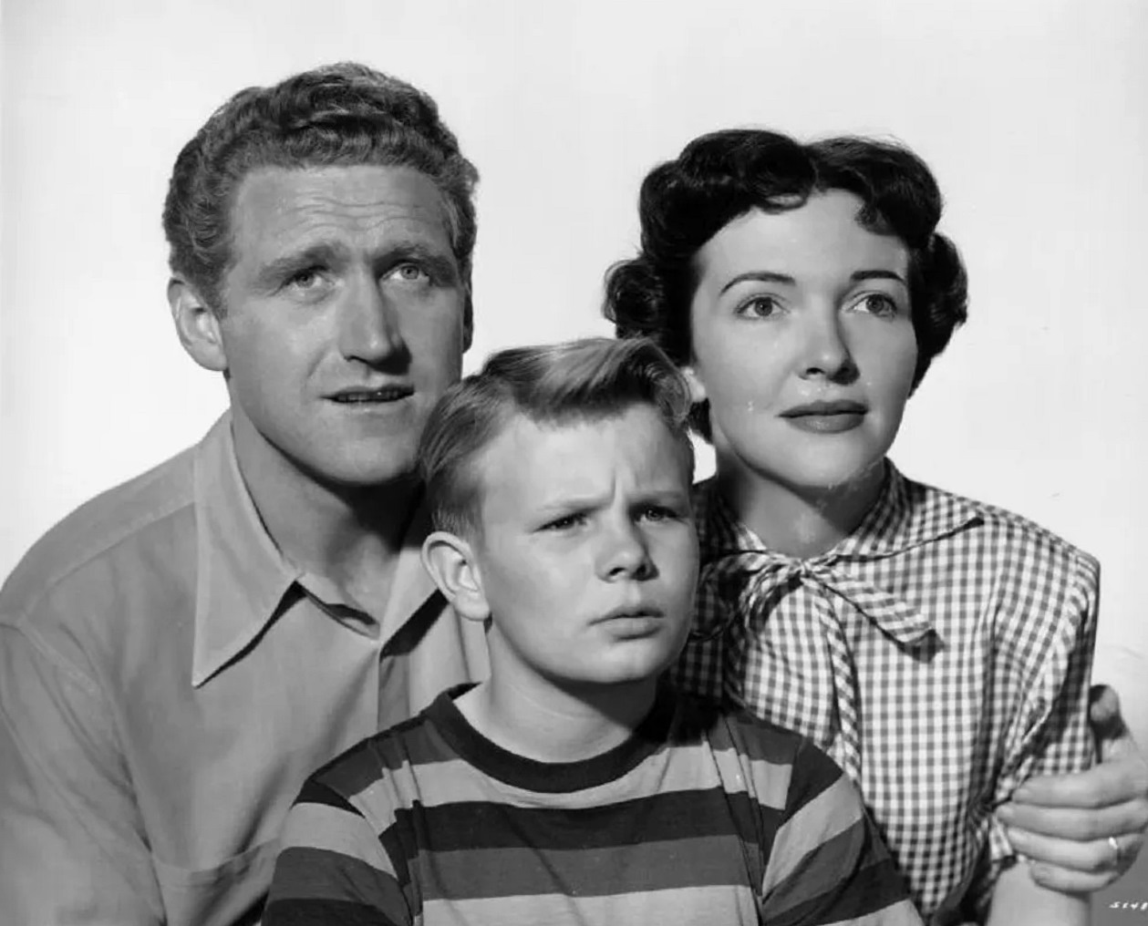 James Whitmore, son Gary Gray and wife Nancy Davis in The Next Voice You Hear ... (1950)