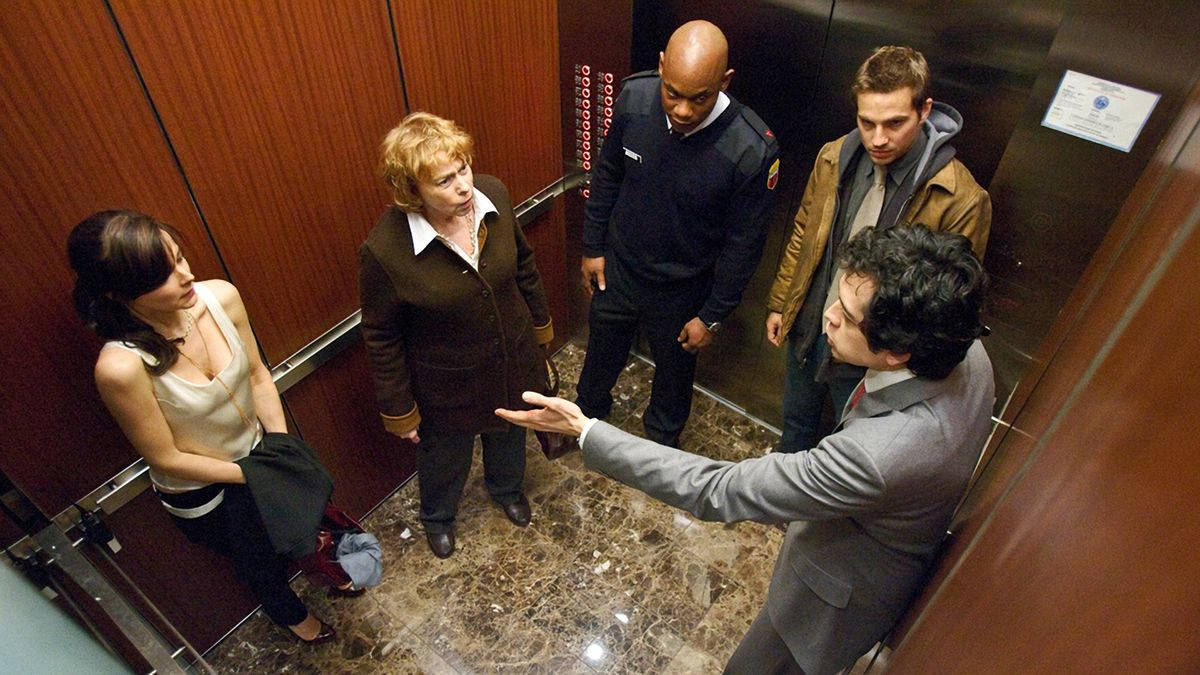 Five people trapped in an elevator and one of them The Devil - Bojana Novakovic, Jenny O'Hara, Bokeem Woodbine, Logan Marshall-Green, Geoffrey Arend in The Night Chronicles 1: Devil (2010)