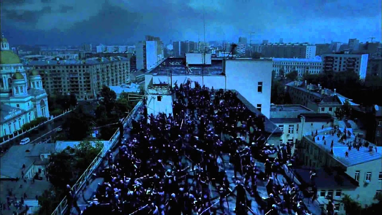 The sensational rooftop battle in Night Watch (2004)