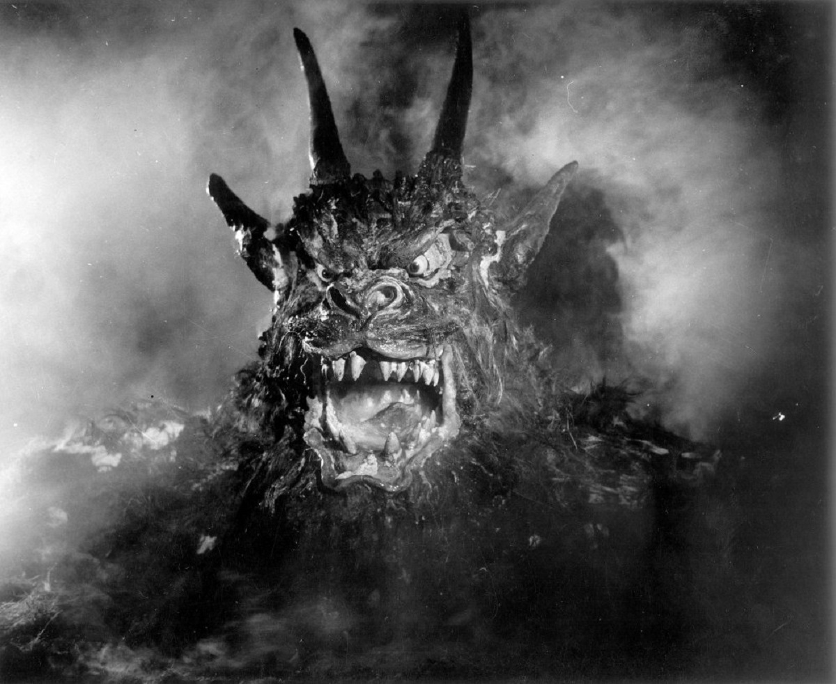 The climactic appearance of the demon in Night of the Demon (1957)