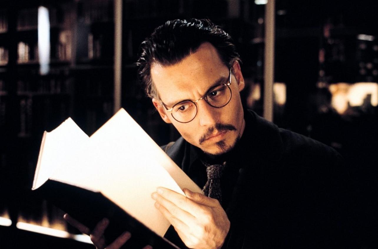 Johnny Depp as rare book dealer Dean Corso in The Ninth Gate (1999)