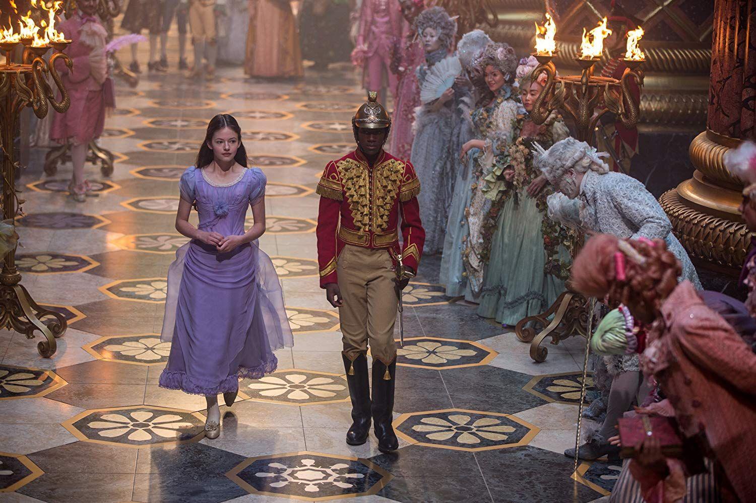 Clara Stalbaum (Mackenzie Foy and The Nutcracker Captain (Jayden Fowora Knight) in The Nutcracker and the Four Realms (2018)