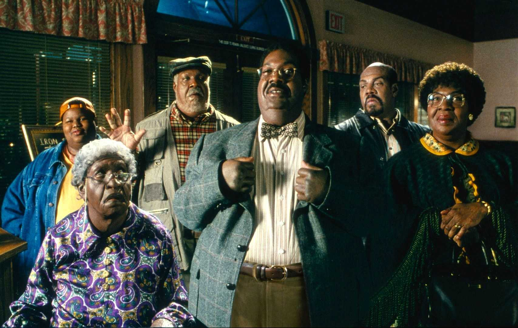 Eddie Murphy as Sherman Klump and all the members of his family in The Nutty Professor II: The Klumps (2000)
