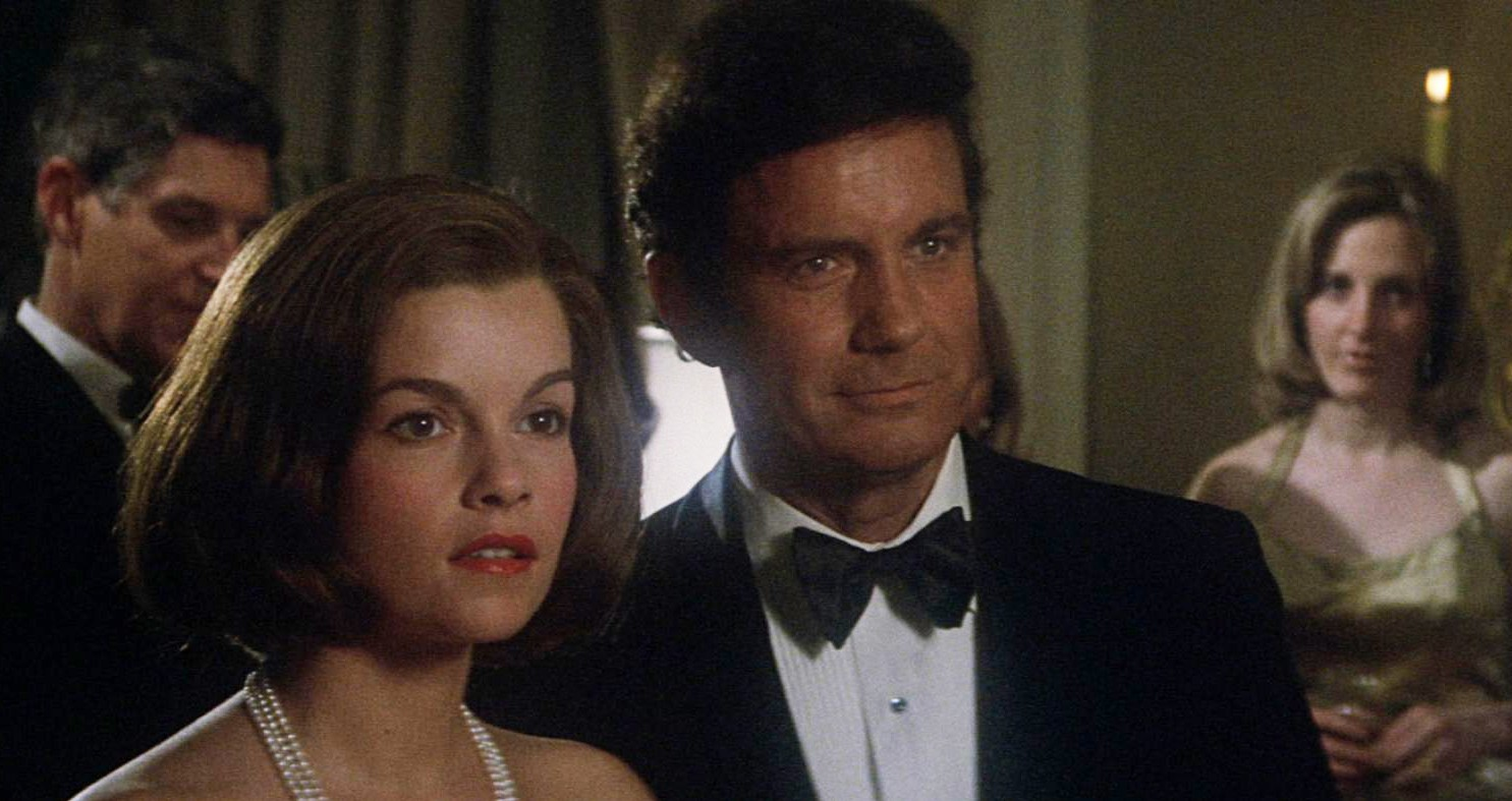 Cliff Robertson with Genevieve Bujold as the possible reincarnation of his late wife in Obsession (1976)