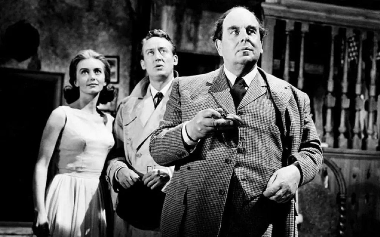 Janette Scott, Tom Poston and Robert Morley in The Old Dark House (1963)