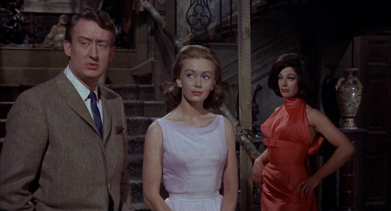 Tom Poston, Janette Scott and Fenella Fielding in The Old Dark House (1963)