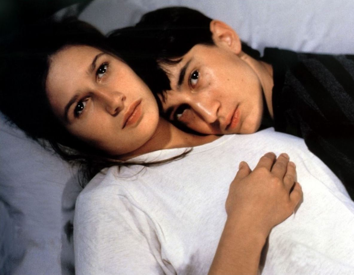 Missing boy Olivier (Gregoire Colin) and his sister (Marina Golovine) in Olivier, Olivier (1992)