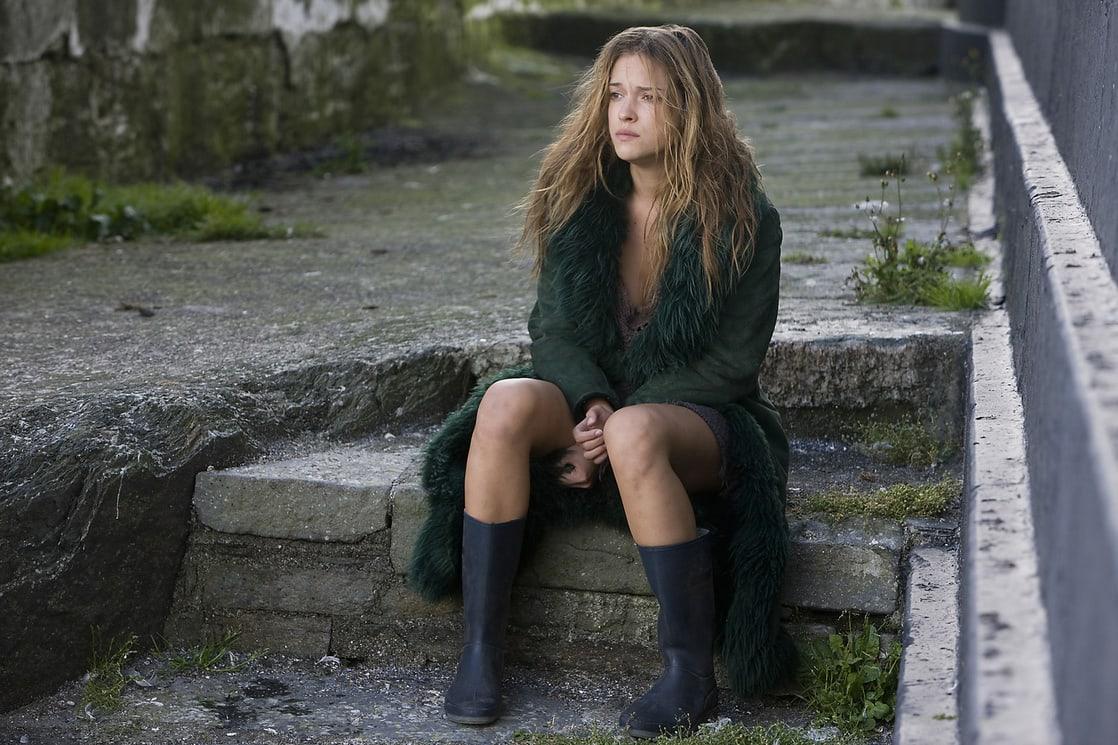 Alicja Bachleda as the selkie Ondine (2009)