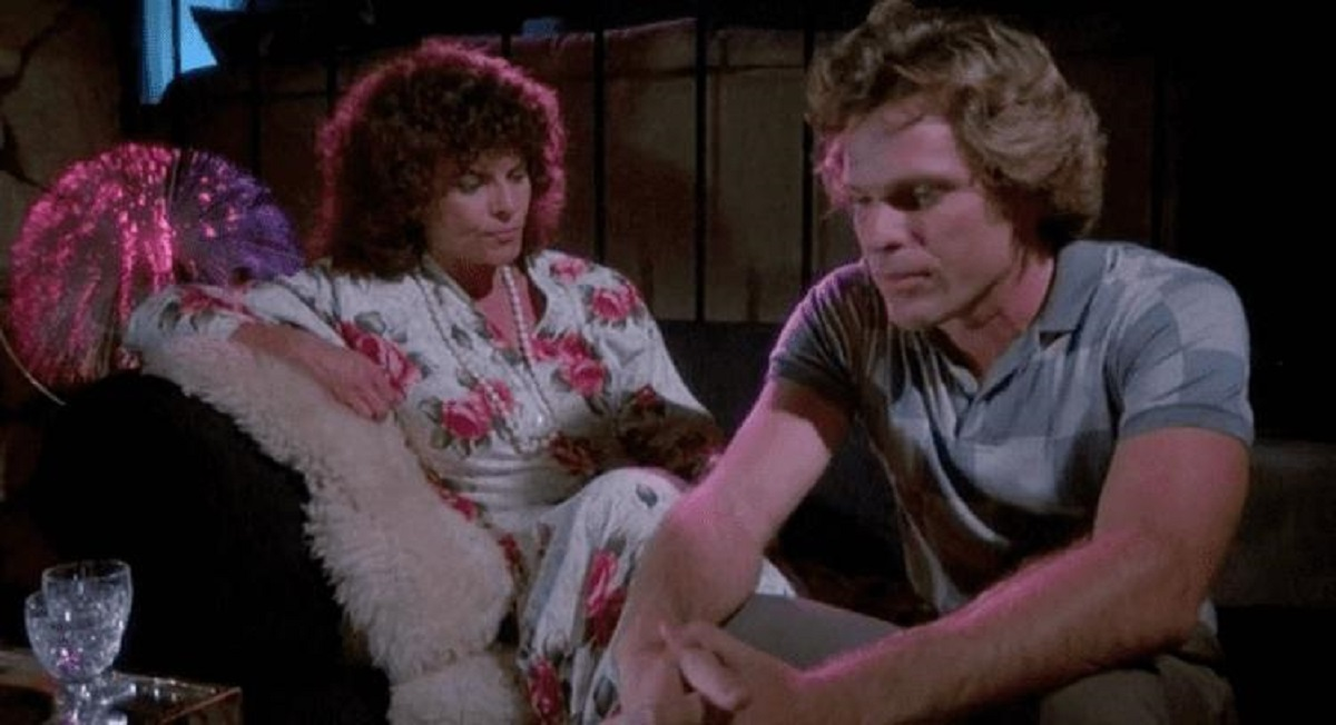 Adrienne Barbeau and Joseph Bottoms in Open House (1987)