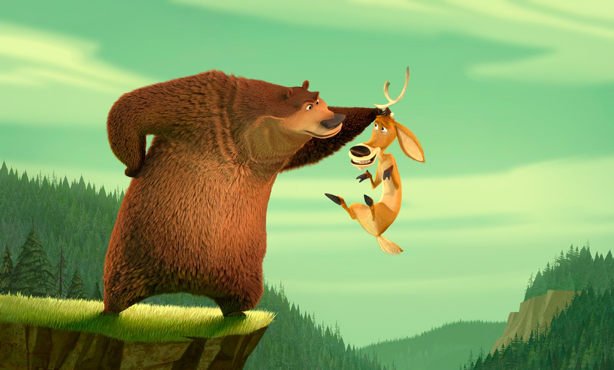 Boog dangles Elliott over a cliff edge in Open Season (2006)