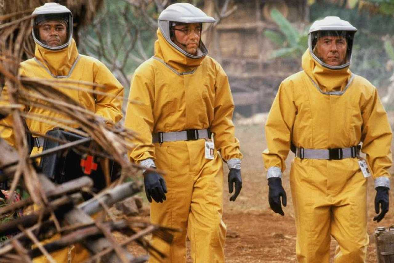 Cuba Gooding Jr, Kevin Spacey and Dustin Hoffman in Outbreak (1995)