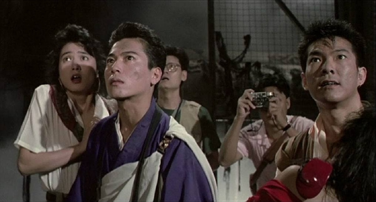 (l to r front) store assistant Narumi Yasuda, priest Lucky Fruit (Migami Hiroshi) and warrior monk Peacock (Yuen Biao) in Peacock King (1988)